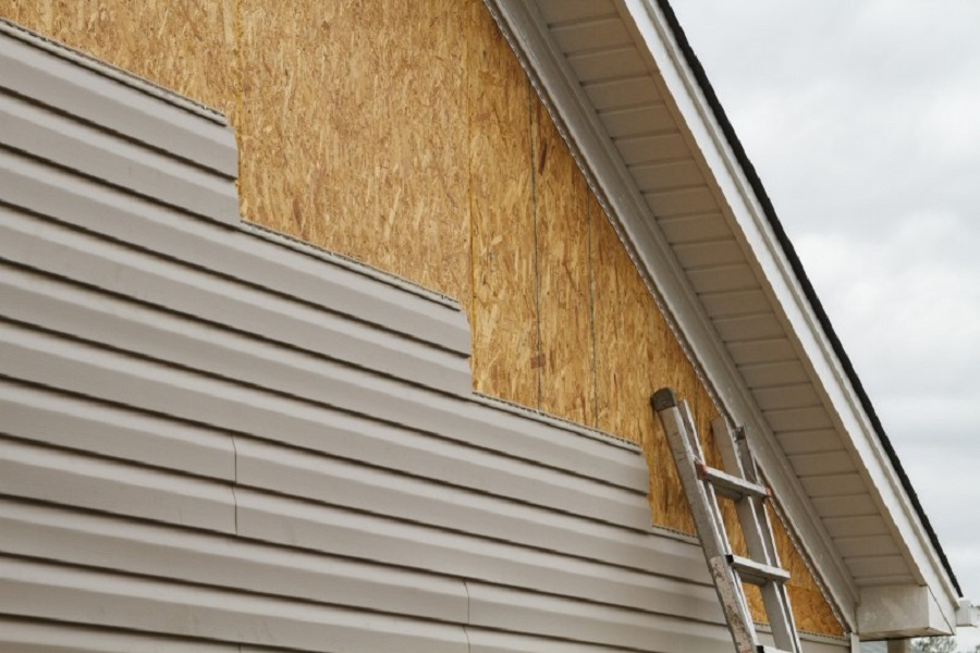 How To Properly Clean Vinyl Siding Alpine Eavestrough